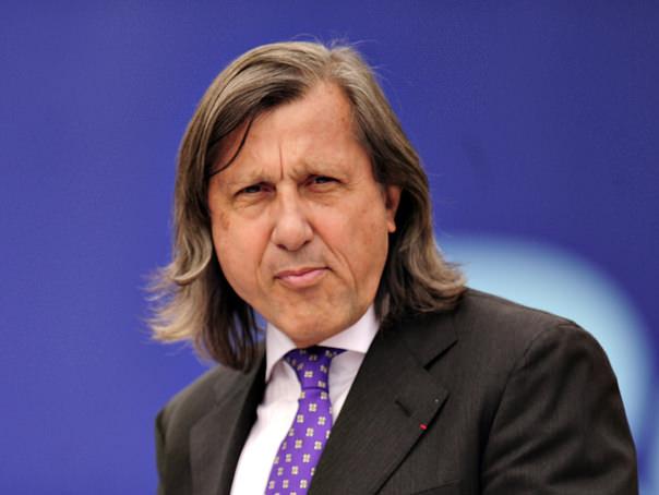 Cine a votat cu Ilie Nastase?