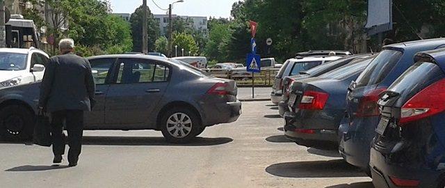 Cum se blocheaza masinile parcate
